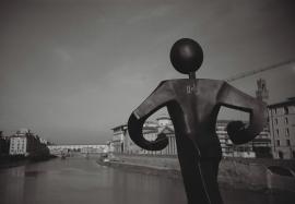 Sculpture on Ponte alle Grazie, Florence