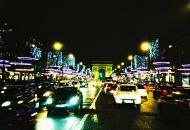 Traffic, Avenue des Champs-Élysées, Paris